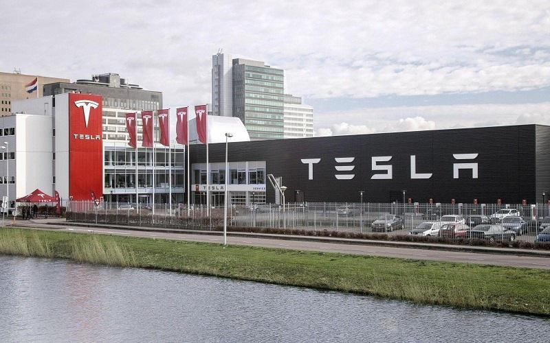 Tesla_company