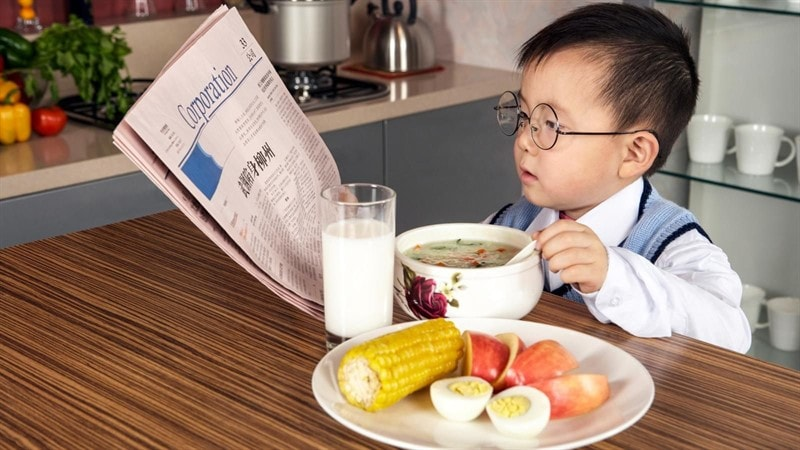 intelligent_kid_photo